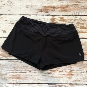 MPG black running shorts size large